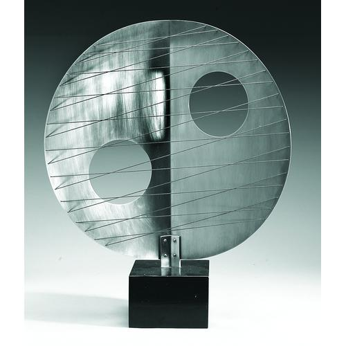 Disc with Strings (Moon) 1969, BH484